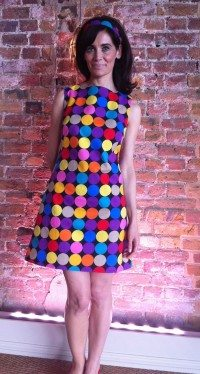Learn to make a dress in a day sung this fabulous 60's pattern