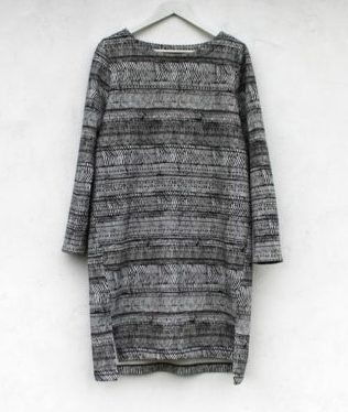 simple-winter-shift-dress