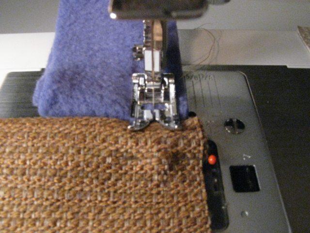 Tricks for sewing slippery fabrics. A stitch starter